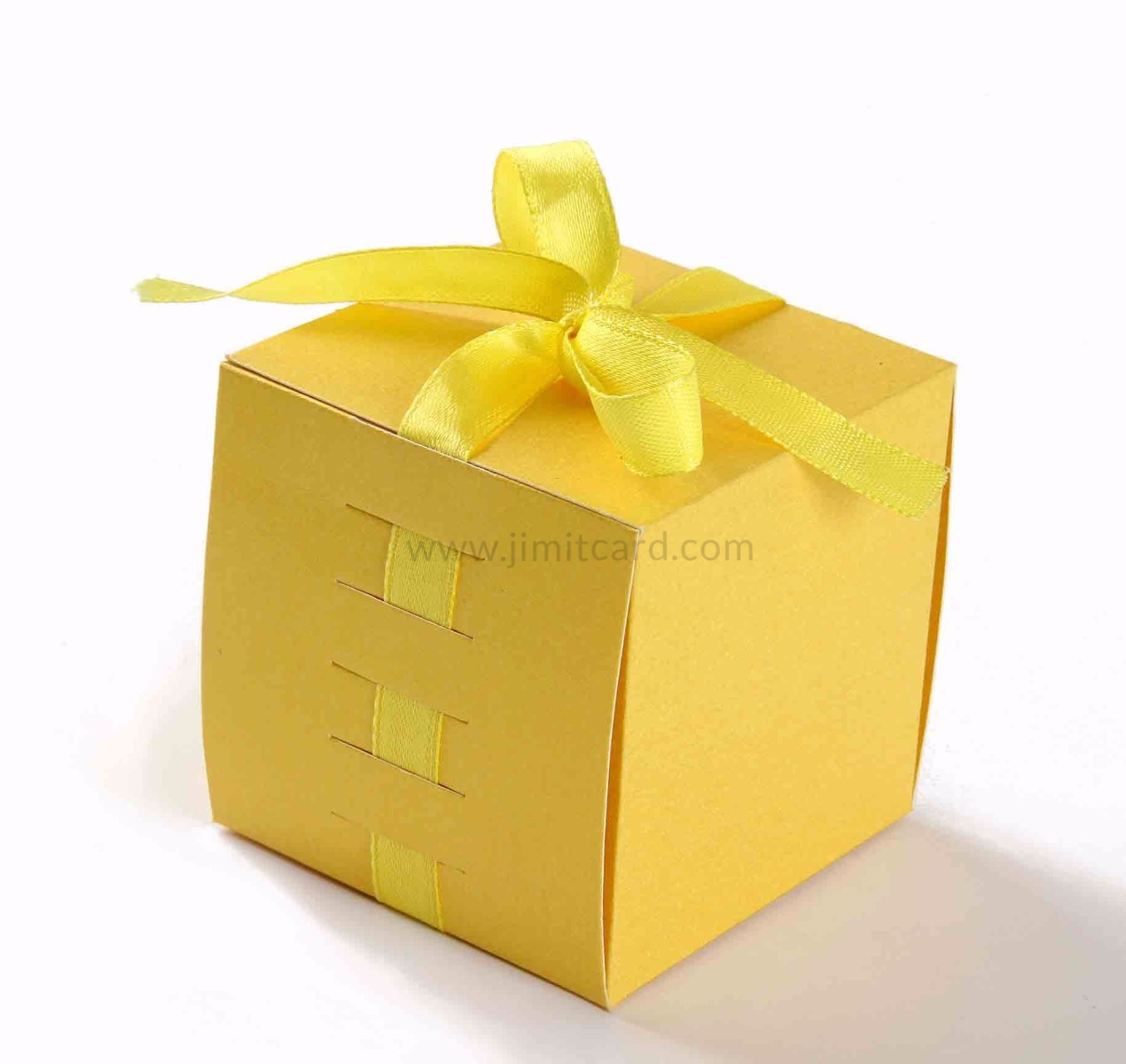 Bow Top Cube Favor Box in Yellow Color