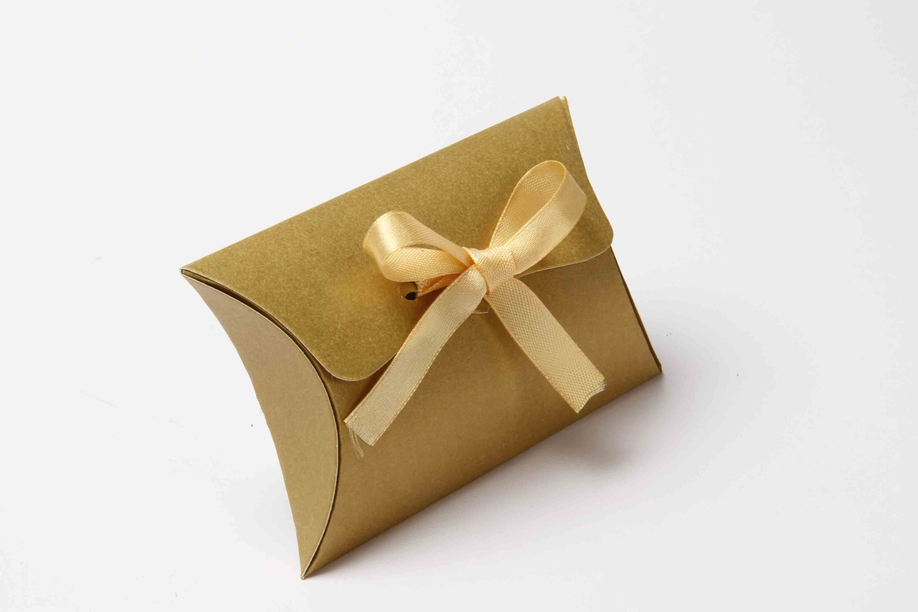 Pillow Favor Box No 9 - Golden-8684