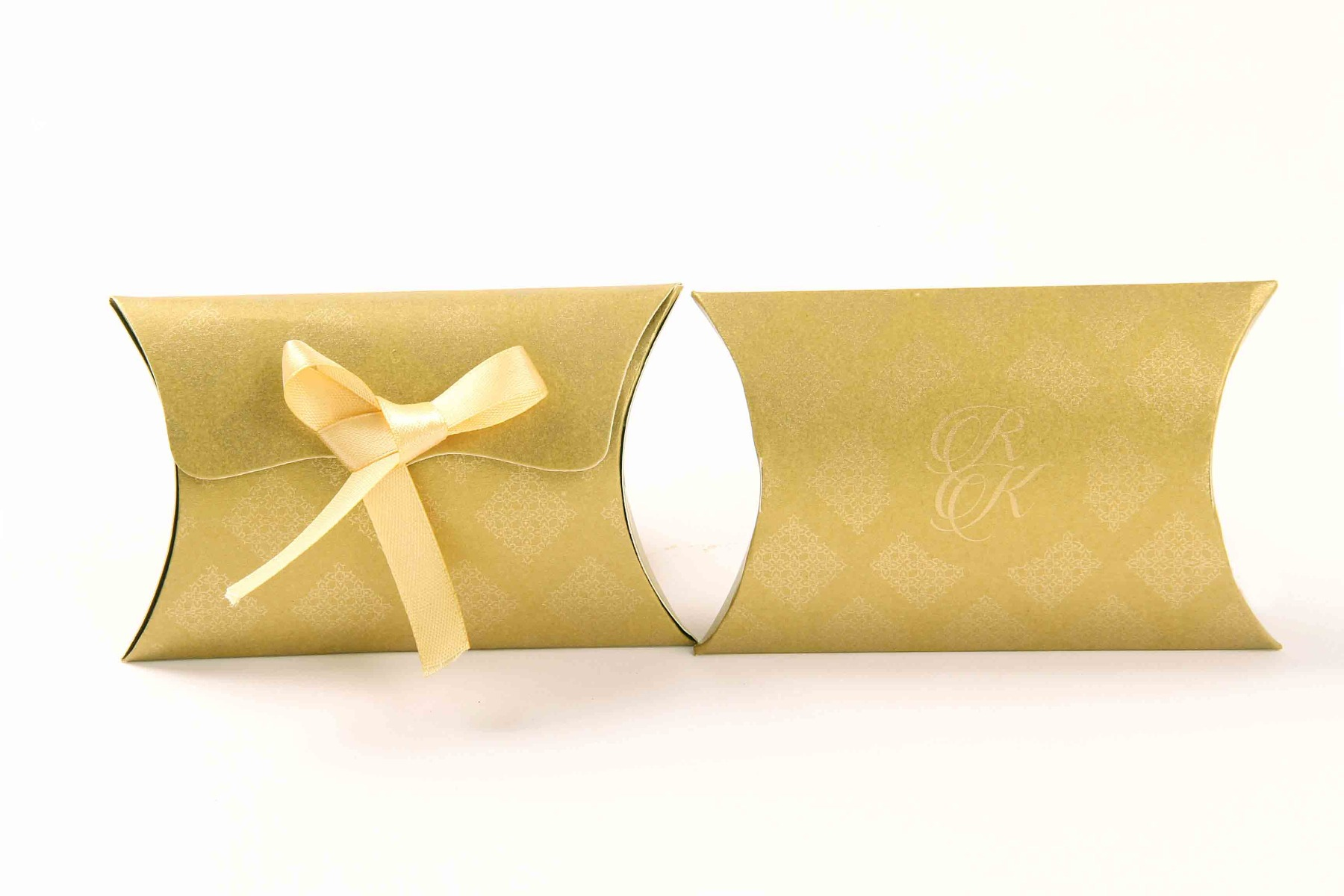 Pillow Favor Box No 9 - Golden-8682