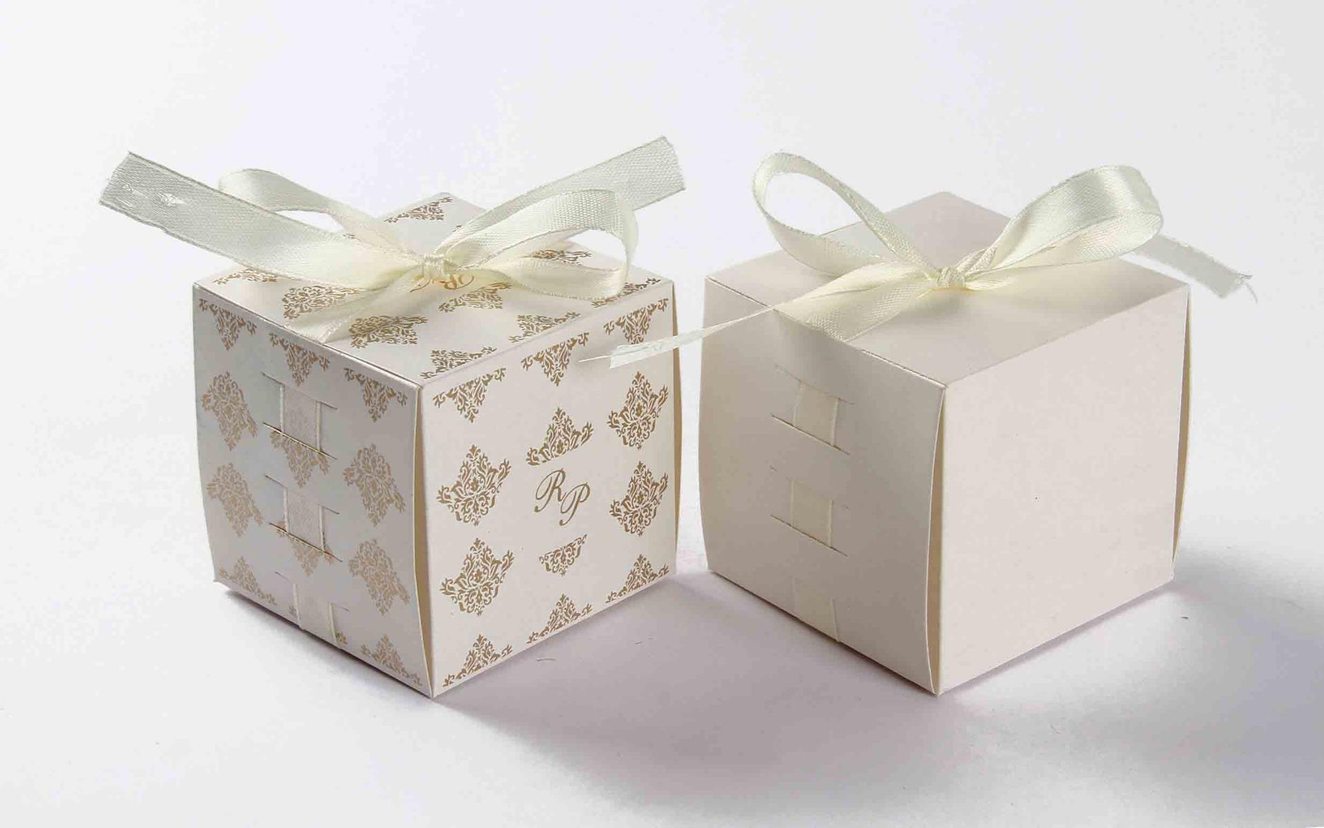 Bow Top Cube Favor Box No 5 - White-0